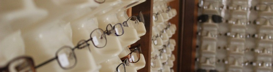 Hundreds of frames to choose from